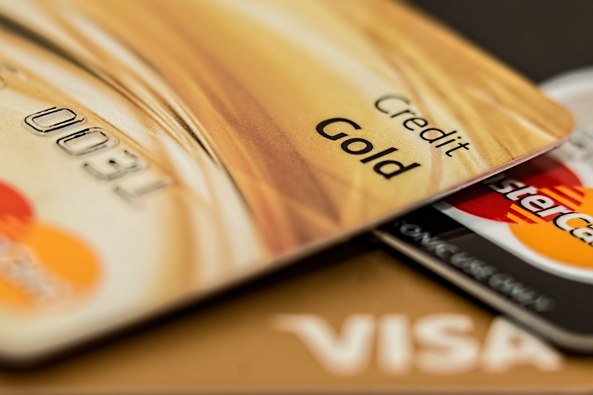 How to Build Credit Score in Canada